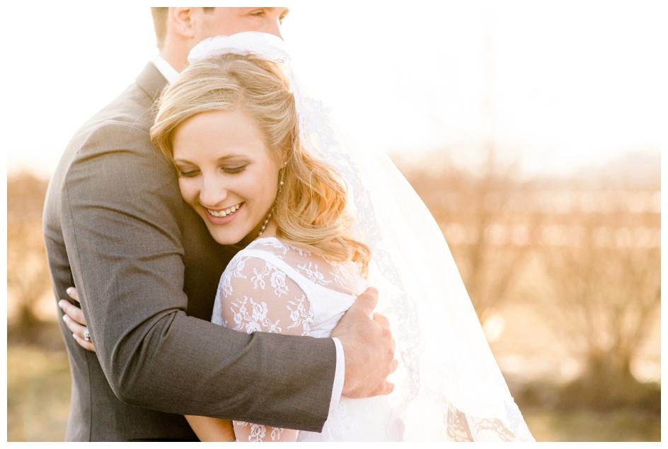 Arlyn & Niky - Train Station Wedding Hartville Ohio - Columbus Ohio Photographer_0114