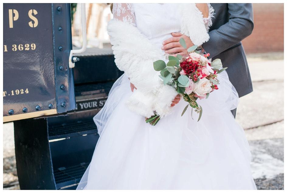 Arlyn & Niky - Train Station Wedding Hartville Ohio - Columbus Ohio Photographer_0046