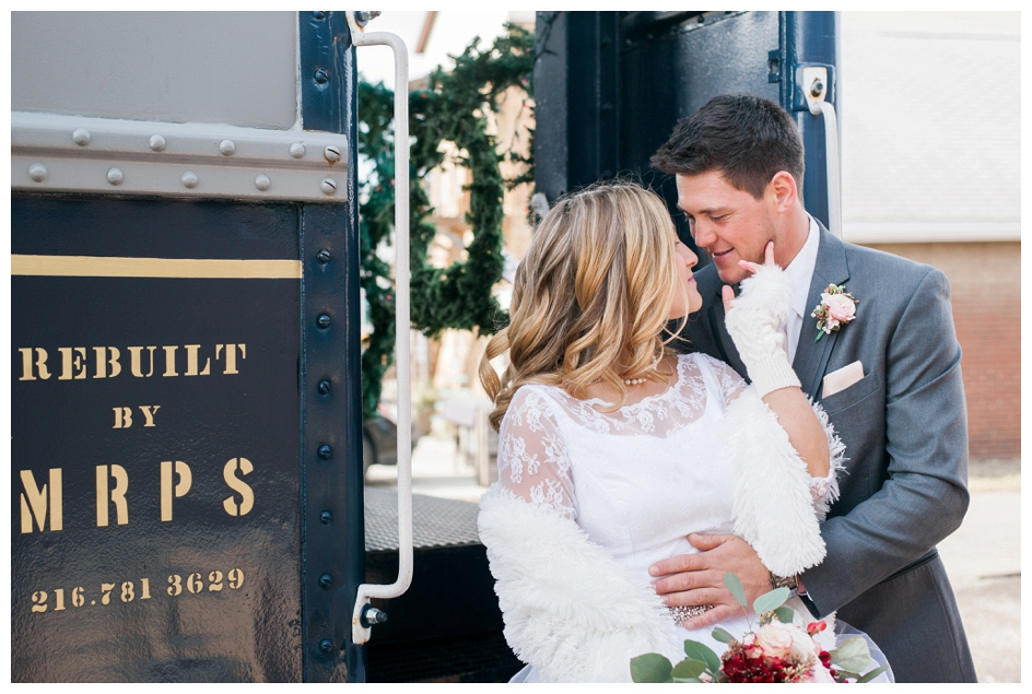 Arlyn & Niky - Train Station Wedding Hartville Ohio - Columbus Ohio Photographer_0047