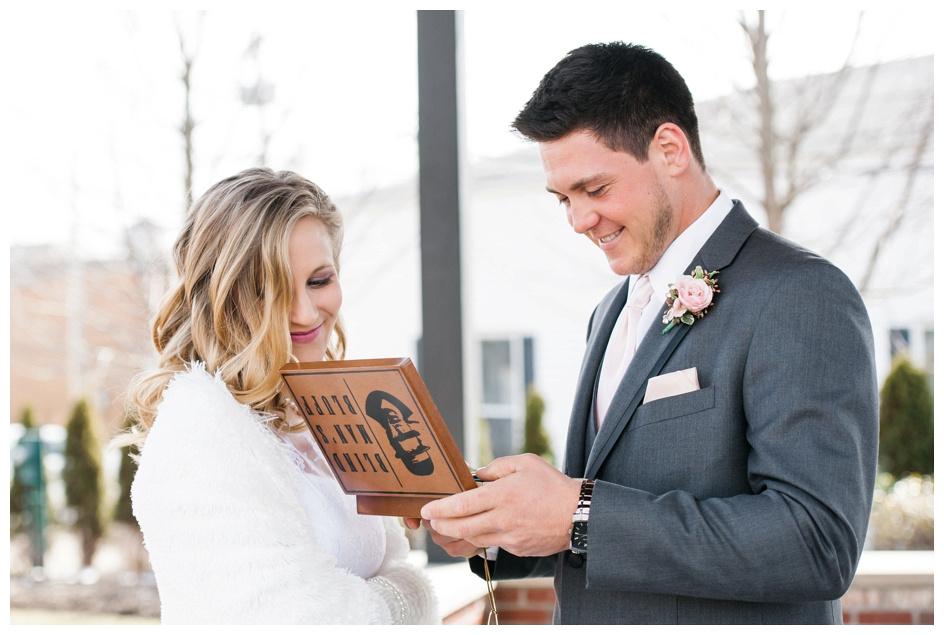 Arlyn & Niky - Train Station Wedding Hartville Ohio - Columbus Ohio Photographer_0027