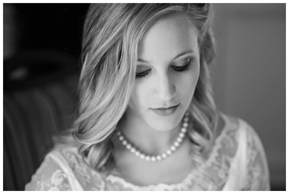 Arlyn & Niky - Train Station Wedding Hartville Ohio - Columbus Ohio Photographer_0019