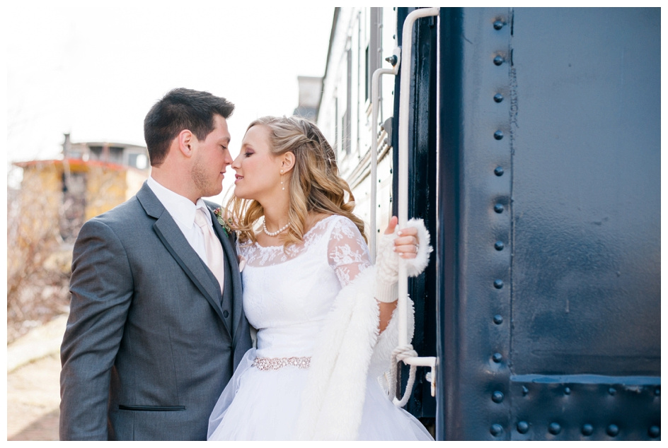 Arlyn & Niky - Train Station Wedding Hartville Ohio - Columbus Ohio Photographer_0040