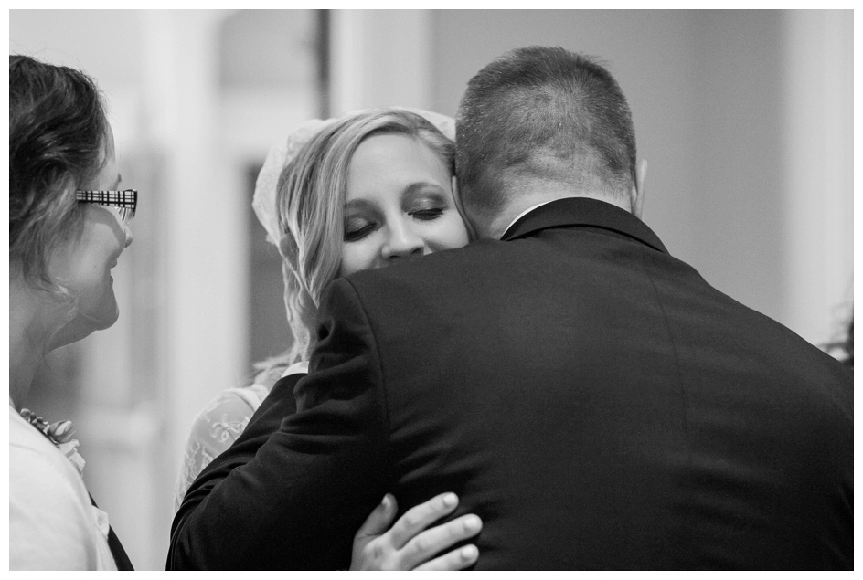 Arlyn & Niky - Train Station Wedding Hartville Ohio - Columbus Ohio Photographer_0095